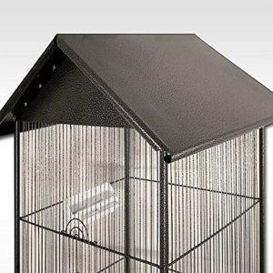 Vogelhaus aus Metall Dach